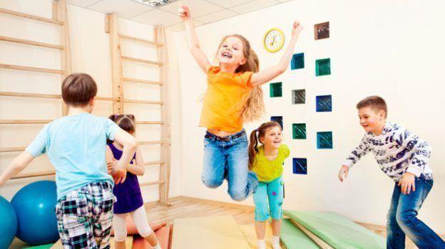 Zapatillas-deporte-niños-para-el-cole-624x350