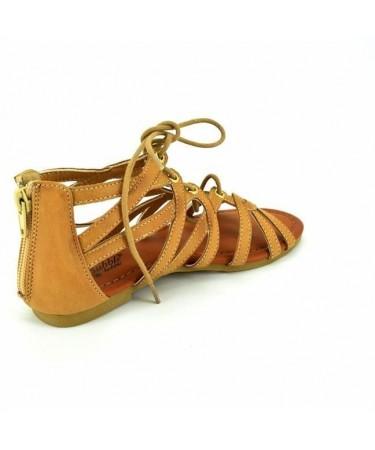 Sandalias romanas con talonera