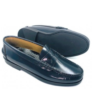 Zapatos castellanos de piel para niño