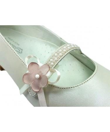 f8aed1f2aac Zapato de comunion niña con flores. Calzado de ceremonia. Comunion.