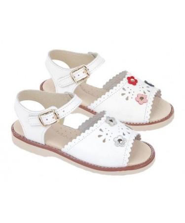 Sandalias para niña...
