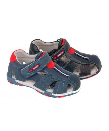 Sandalias de niño...