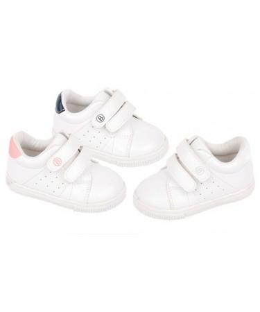 Zapatillas deporte primeros pasos