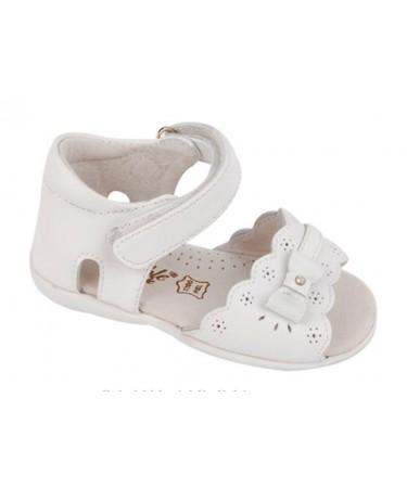 Sandalias para niña de piel con lazo